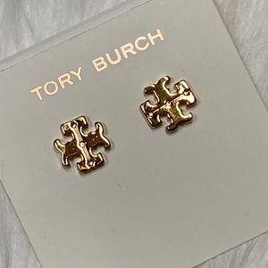 TORY BURCH TT GOLD PLATED LOGO EARRINGS NWOT